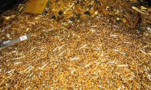 Как выплавить золото из старых электронных приборов своими руками