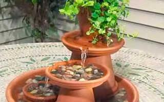 Мини-фонтан своими руками из глиняных горшков и тарелок