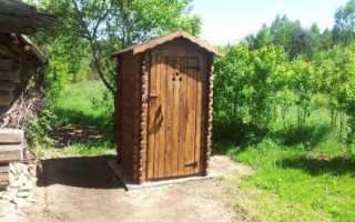 Туалет на даче из подручных материалов своими руками