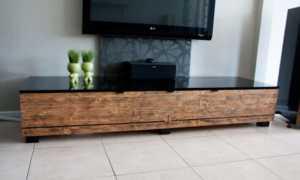 Делаем красивый столик для телевизора своими руками (фото, мастер-класс)